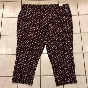 Lane Bryant B Active Capri Leggings size 22/24
